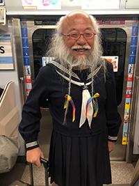 セーラー服おじさん